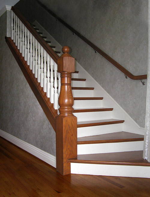 Best Bottom Of Indoor Stair Cases With Wider Bottom Steps 400 x 300